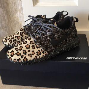 New custom NIKEiD Nike shoes 8 leopard roshe